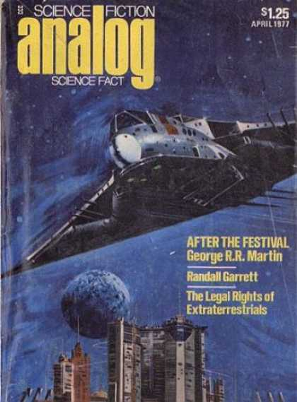 Astounding Stories 557 - Spaceship - City In Space - Spaceflight - Moon - Alien World
