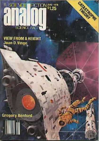 Astounding Stories 571 - Space - Astronaut - Spaceship - View From A Height - Joan D Vinge