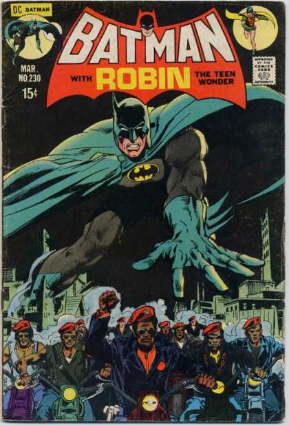 Batman 230 - Dc Comics - Robin - Motorcycle - City Buildings - Red Hats - Dick Giordano, Neal Adams