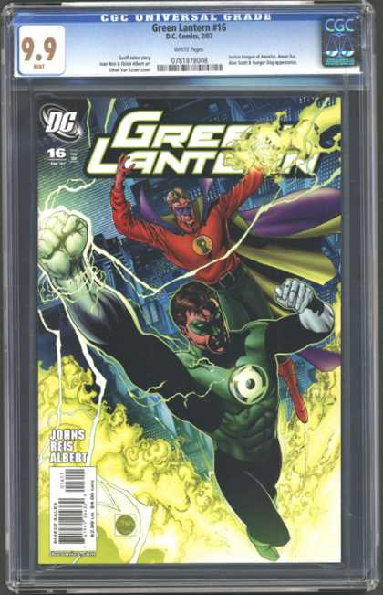 CGC Graded Comics - Green Lantern #16 (CGC) - Green Lantern - Costumes - Battle - Johns Reis Albert - Direct Sales