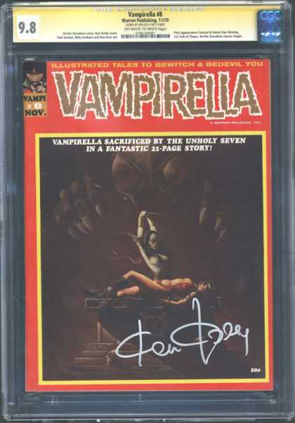 CGC Graded Comics - Vampirella #8 (CGC)