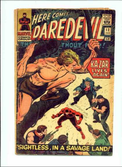 Daredevil 12 - Superhero - Here Comes - Approved By Comics Code - Marvel Comics Group - Gun