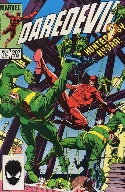 Daredevil 207 - Marvel - 207 June - Hunted - Hydra - Gun