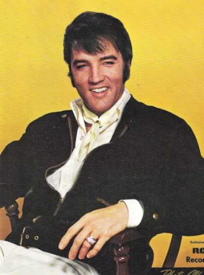 Elvis Presley Books - Elvis Presley Photo Album (Exclusively On RCA Records)