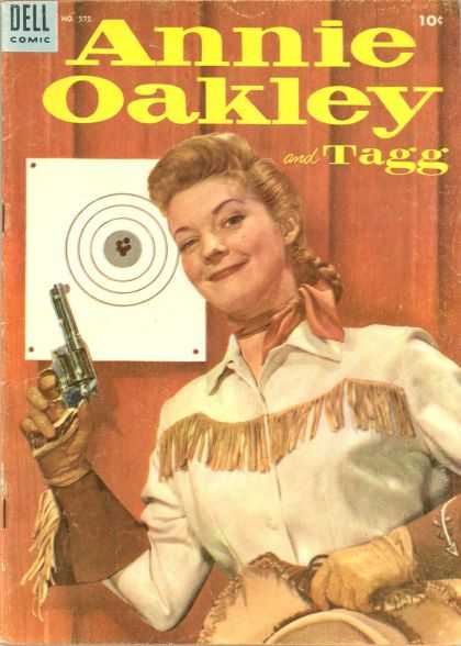 Four Color 575 - Annie Oakley - Six Shooter - Dell Comic - Tagg - Wild West