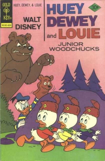 Huey, Dewey and Louie: Junior Woodchucks 40 - Junior Woodchucks - Bear - Puppet - Donald Duck - Prank