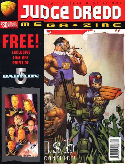 Judge Dredd Megazine III 30 - Smoking - Night Stick - Green Arms Upreached - Ish Conflict - Eye Necklace
