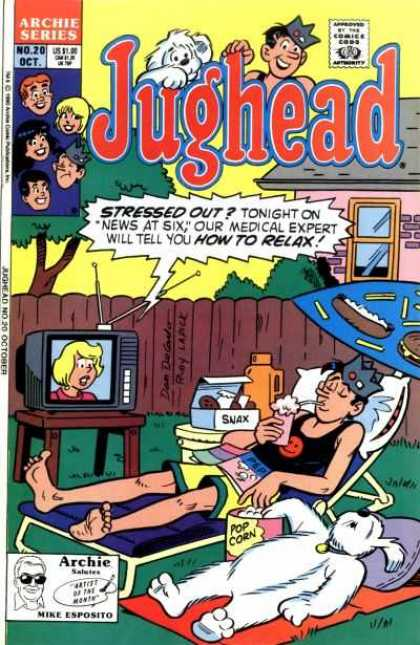 Jughead 2 20 - Tv - Newswoman - Loungechair - Thermos - Soda