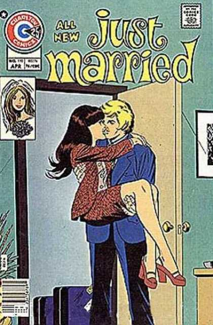 Just Married 110 - Husband - Wife - Bride - Threshold - Kissing