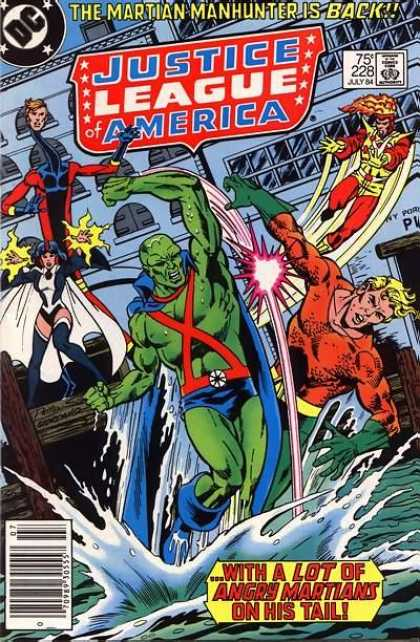 Justice League of America 228 - Green Man - Sea - Ship - Superwoman - Four Superhumans Fighting - Dick Giordano