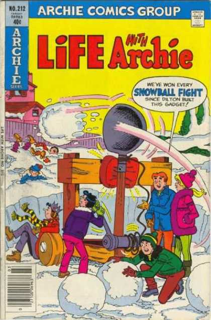 Life With Archie 212 - Trebuchet - Snowball Fight - Striped Scarf - Woolen Hat - Woolen Scarf