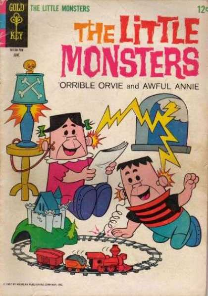 Little Monsters 10 - Train Set - Electricity - Awful Annie - Orrible Orvie - Skull And Crossbones