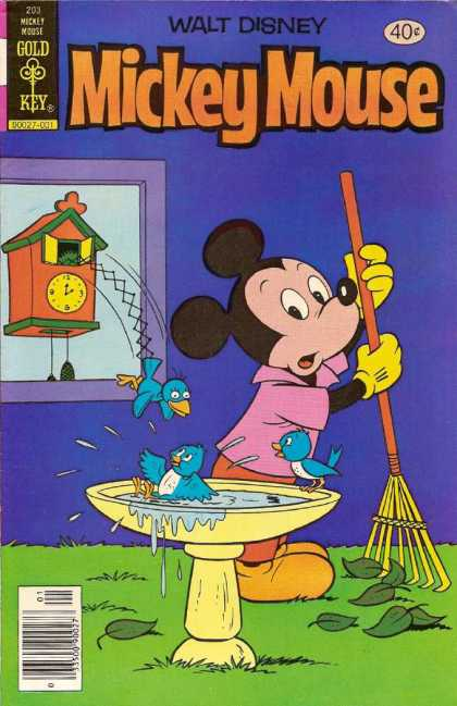 Mickey Mouse 203 - Gold Key Comics - Disney - Cuckoo Clock - Bird Bath - Raking Leaves