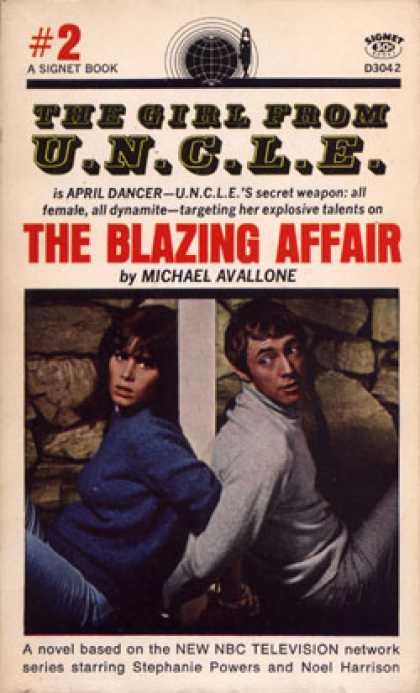 Signet Books - The Girl From Uncle 2 - Michael Avallone