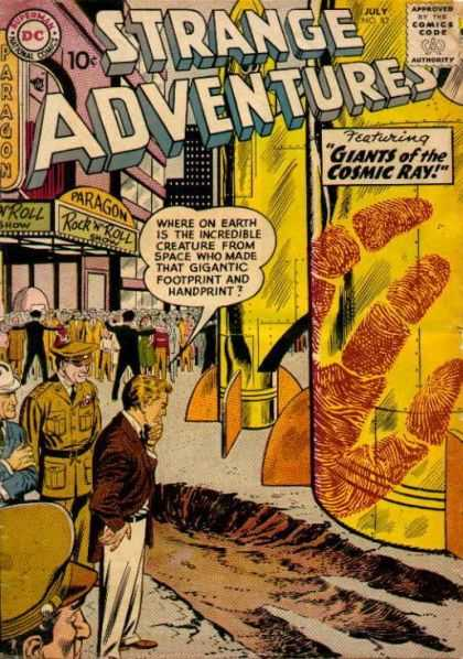 Strange Adventures 82 - Footprint - Giants Of The Cosmic Ray - Fingerpring - Rocket - Soldiers