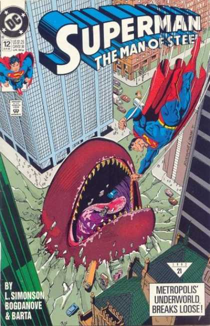 Superman: Man of Steel 12 - Red Cape - Huge Worm - Big City - Flying Hero - Citizens In Danger