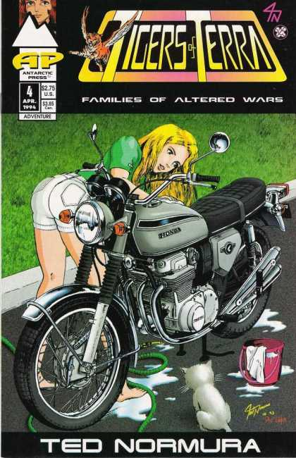Tigers of Terra 4 - Honda Motorcycle - Families Of Altered Wars - White Catwhite Shorts - Clean Machine - Blond Cleaning