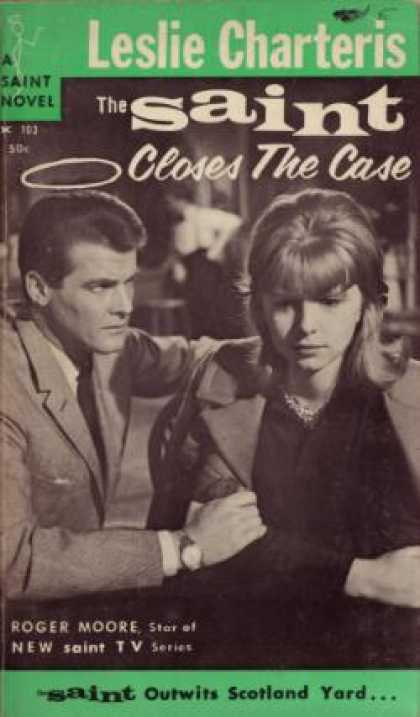 Vintage Books - The Saint Closes the Case - Leslie Charteris