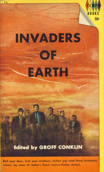 Vintage Books - Invaders of Earth