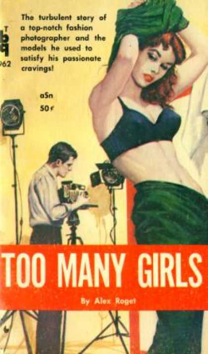 Vintage Books - Too many girls - Alex Roget