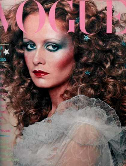Vogue - Twiggy - December, 1974