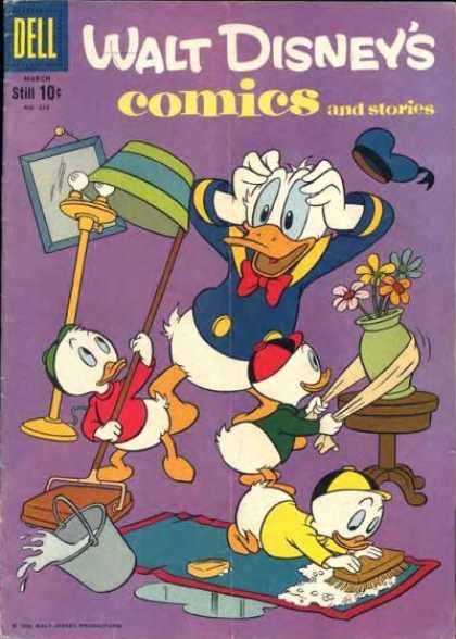 Walt Disney's Comics and Stories 222