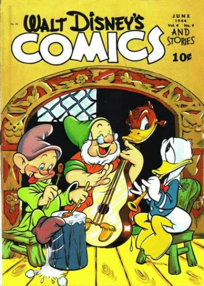 Walt Disney's Comics and Stories 45 - June - 1944 - Vol4 - No 9 - Spectacle