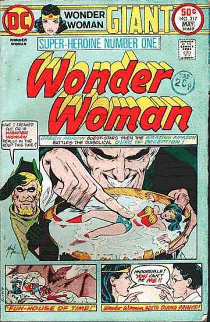 Wonder Woman 217 - Giant - Fun House Of Time - Impossible You Cant Be Me - Deception - Soup This Time - Mike Grell